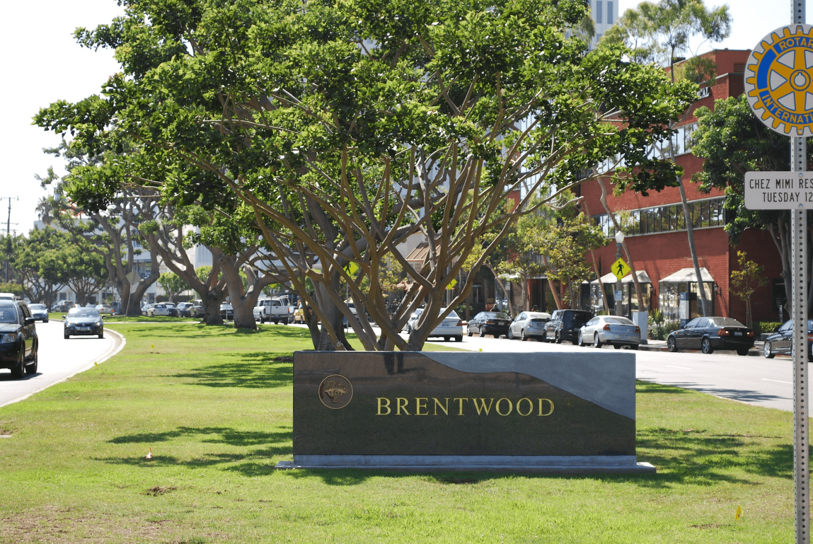 Brentwood CA Sign